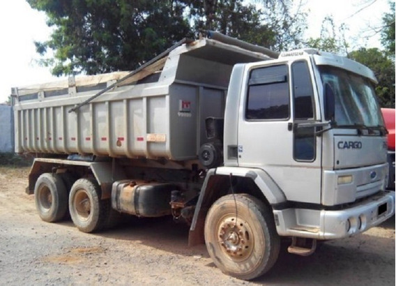 Ford Cargo 2628 6x4 Traçado Caçamba Basculante