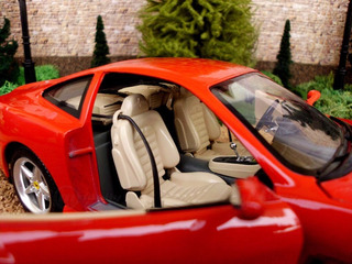 Ferrari 550 Maranello 1/18 Burago Made In Italy.