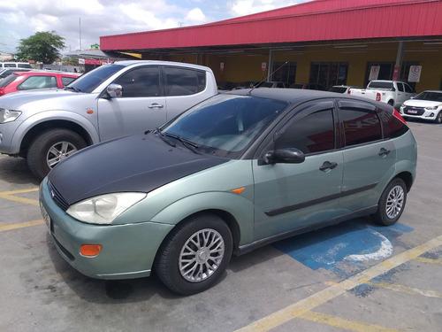 Ford Focus 2001 1.8 5p