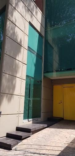 Edificio Uso Comercial En Renta