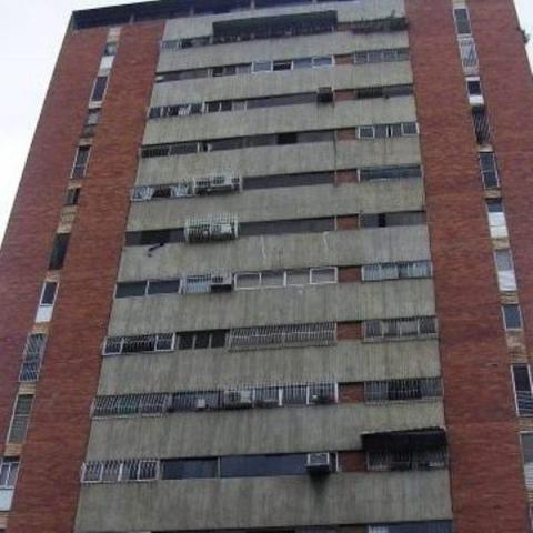 20-9207 Apartamento En Venta