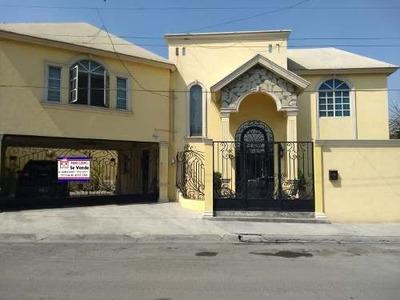 Casa En Venta, Residencial Aztlan, Equipada, 4 Recamaras Y Cuarto Servicio Completo, Cochera 4 Autos