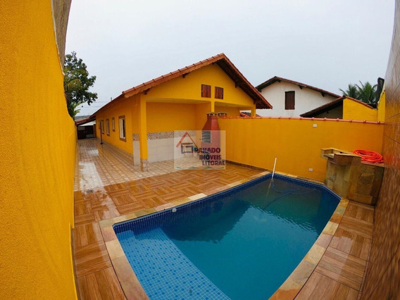 Casa Na Praia De Mongaguá Com Piscina. Oportunidade