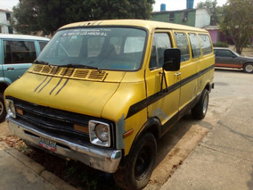 Dodge Ram Van Año 76, 11 Puestos