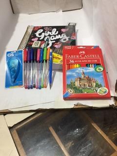 Kit Caderno Capricho 20 Materias +8 Canetas + Borracha + Lap