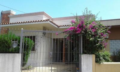 Excelente Casa En Capurro - 3 Dormitorios