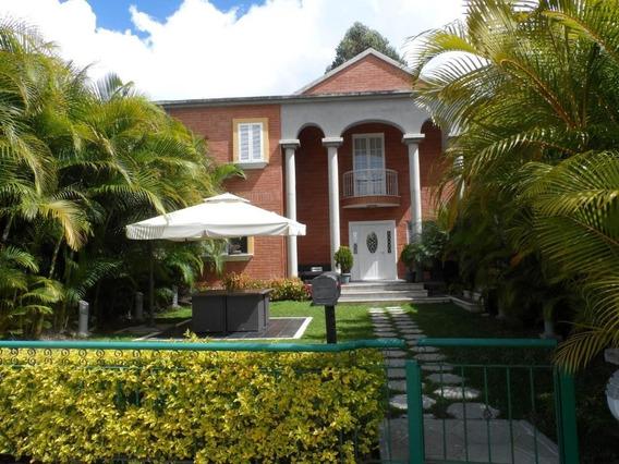 Casa En Venta En Alto Hatillo/ Código 20-10967/ Marilus G,