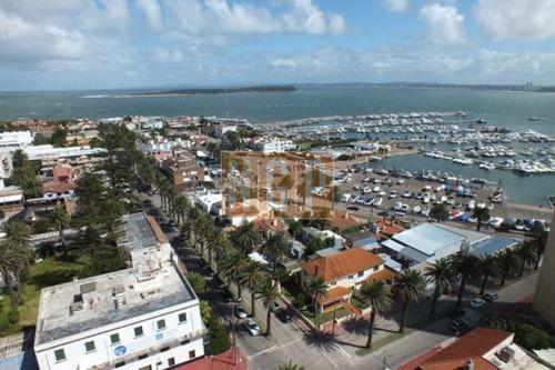 Hermoso  Con Vista Total Al Puerto Divino-ref:12501