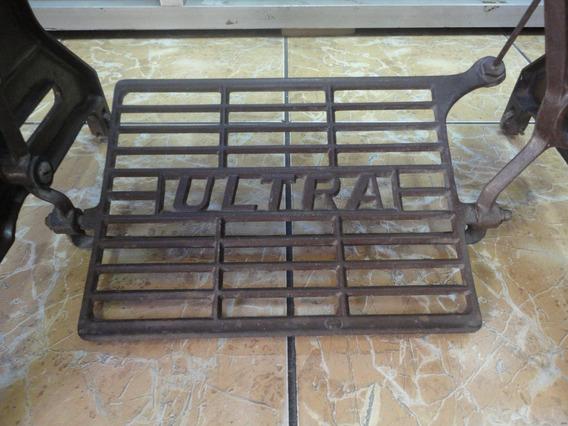 Mueble Antiguo De Maquina De Coser Marca Ultra Negociable