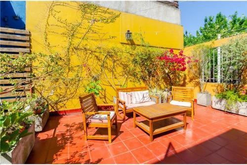 Excelente Casa Con Patio Y Terraza!!