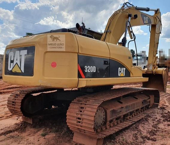 Escavadeira Caterpillar 320d L - Ano 2013 - Com 8.349 Horas