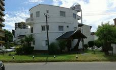 Hotel, Hosteria; Posada A Mts. Del Mar. Redonda Villa Gesell
