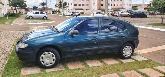 Renault Megane Hatch 1.6