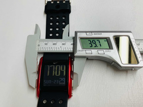 Reloj Nike Torque Wc0067 Acero Color Rojo Extencible Caucho