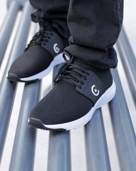 Tenis Core Footwear (switch Black/white)
