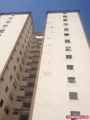 Apartamento En San Antonio De Los Altos. Código # 912.