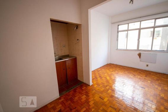 Apartamento No 8º Andar Com 1 Dormitório - Id: 892941753 - 241753