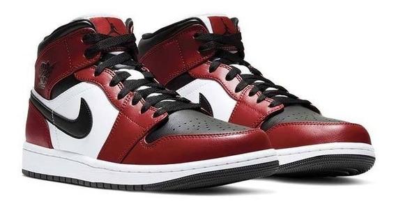 Sneakers Nike Air Jordan Retro 1 Mid Chicago