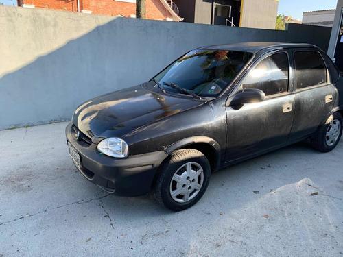 Chevrolet Corsa Sedan 2004 1.0 Classic 4p Gasolina