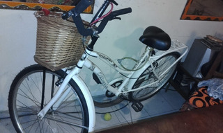 Bicicleta Dama Rod 26 C/ Canasto De Mimbre Y Portaequipaje.