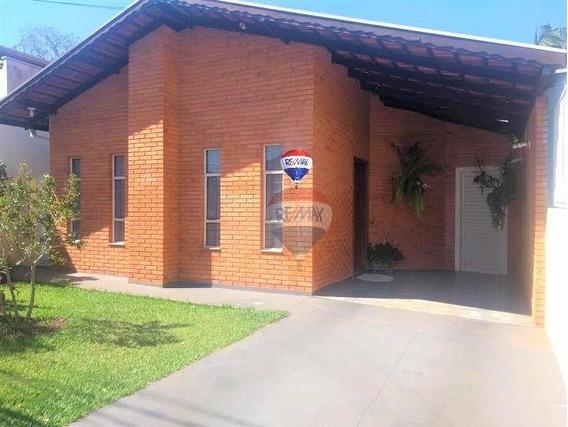 Casa Com 3 Dormitórios À Venda, 137 M² Por R$ 340.000 - Centro - Botucatu/sp - Ca0722