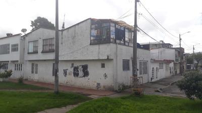 Castilla Casa Esquinera 4 Apartamentos Completos 2 Locales