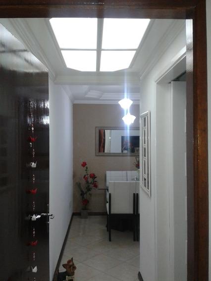Apartamento Com 2 Dormitórios À Venda, 56 M² Por R$ 260.000