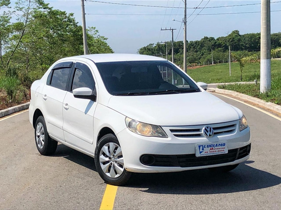 Volkswagen Voyage 1.0 2013