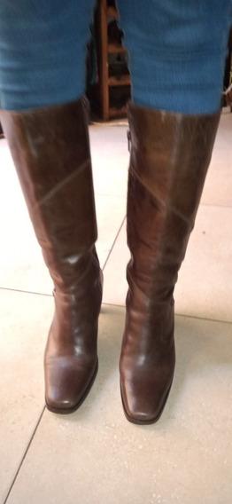 Botas Largas Cuero ,marrón ,muy Buen Estado.