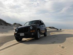 Jeep Liberty Sport 4x4 At
