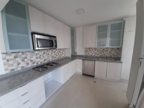 Apartamentos En Venta Inmueble De Confort Mls #20-8937