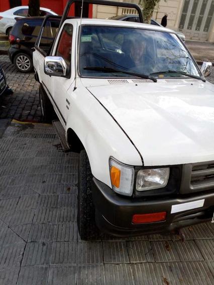 Toyota Hilux 4x4 Cab Simple Sr5