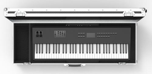 Yamaha Psr S950 61 Key Arranger Workstation Keyboard