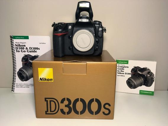Nikon D300s - Somente Corpo - 52.646 Cliques.
