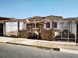 Casa En Venta Prebo 1 Valencia Carabobo 20-11178 Rahv