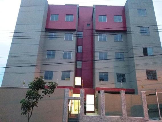 Cobertura No Bairro Santa Branca, 2 Quartos Com Semi-suite E Lavabo, 2 Vagas E Elevador. - 2107
