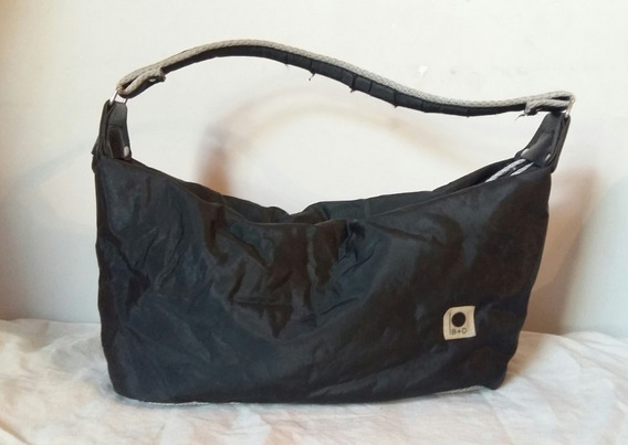 Cartera Marca B+d, Tela Impermeable, Color Negro