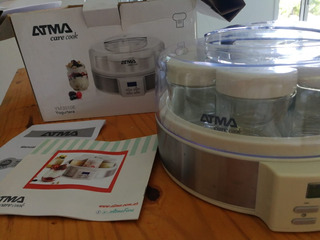 Yogurtera Atma Ym3010e Digital Lcd 7jarros 200ml