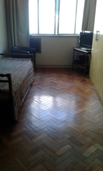 Apartamento Conjugadão Divisória Para Quarto E Sala