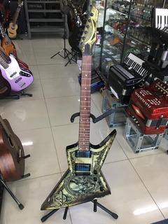 Guitarra Dean Dave Mustain