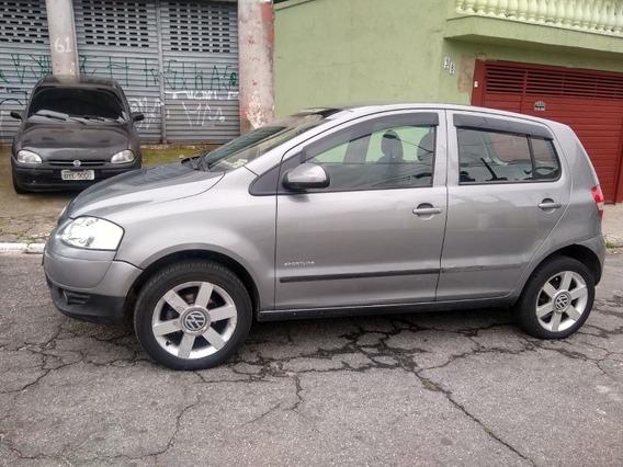 Volkswagen Fox 1.6 Sportline Total Flex 5p 2004