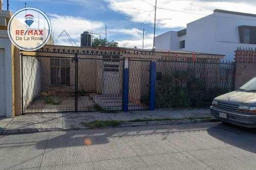 Casa En Venta Al Sur De La Ciudad En Fraccionamiento El Naranjal