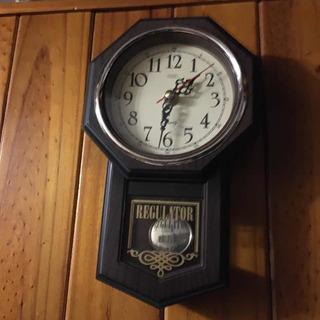 Reloj Antiguo Regultor De Pared Se Retira X Floresta