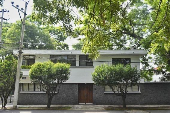 Increíble Casa En Coyoacán - Doble Cerrada Y Gran Ubicación