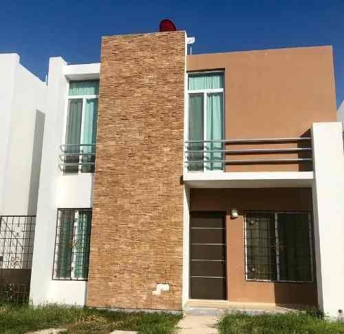 Renta, Casa 2 Recámaras Amueblada En Marsella, Playa Del Carmen P2875