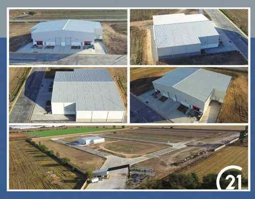 Nave Industrial En Renta A 4 Mins Del Aeropuerto De Qro.