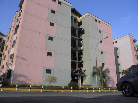 Apartamento En Venta Los Caobos Carabobo 19-9752rp