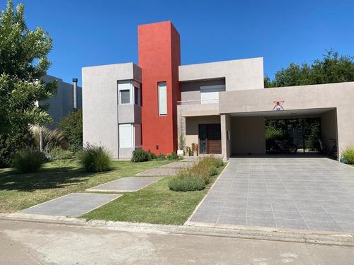 Valle Esc Excel Casa Mjor Barrio 3d +esc Pileta Calef Ctral
