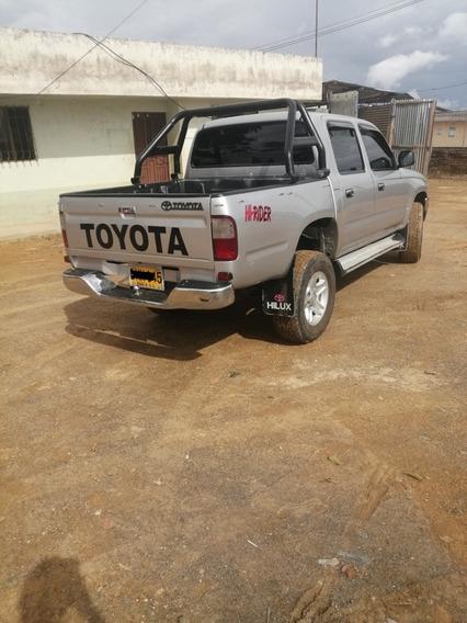 Toyota Hilux 2002 4x4