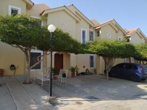 Vendo Casa En Milagro Norte Mls:20-11005karlapetit
